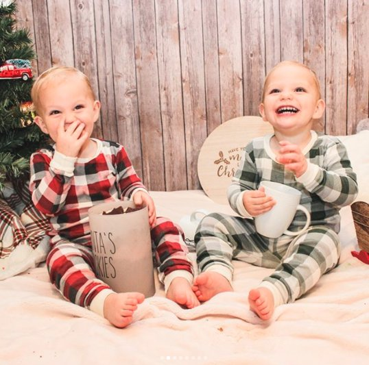 'Tis the season for twins in adorable pajamas. https://t.co/VKz7vwrkmb