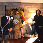 Museveni in Kenya for Uhuru inauguration
