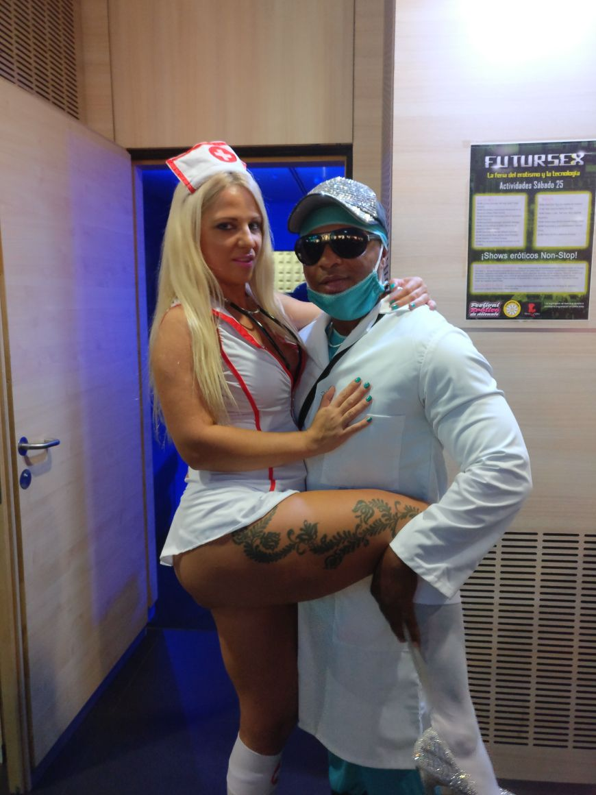 2 pic. Few photos of Salon Erotico Alicante 2017😊😊😊 VGymjUTgFg