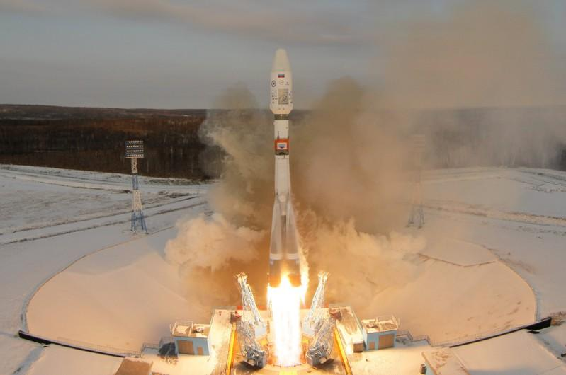 Russia says cannot make contact with new space satellite