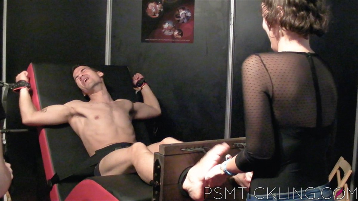 test Twitter Media - Barcelona Erotic Show: the individual clips is now live: https://t.co/Wseq3Hh8Ry #SEB2016 #ticklefetish #maletickling https://t.co/57XQQJdbbk