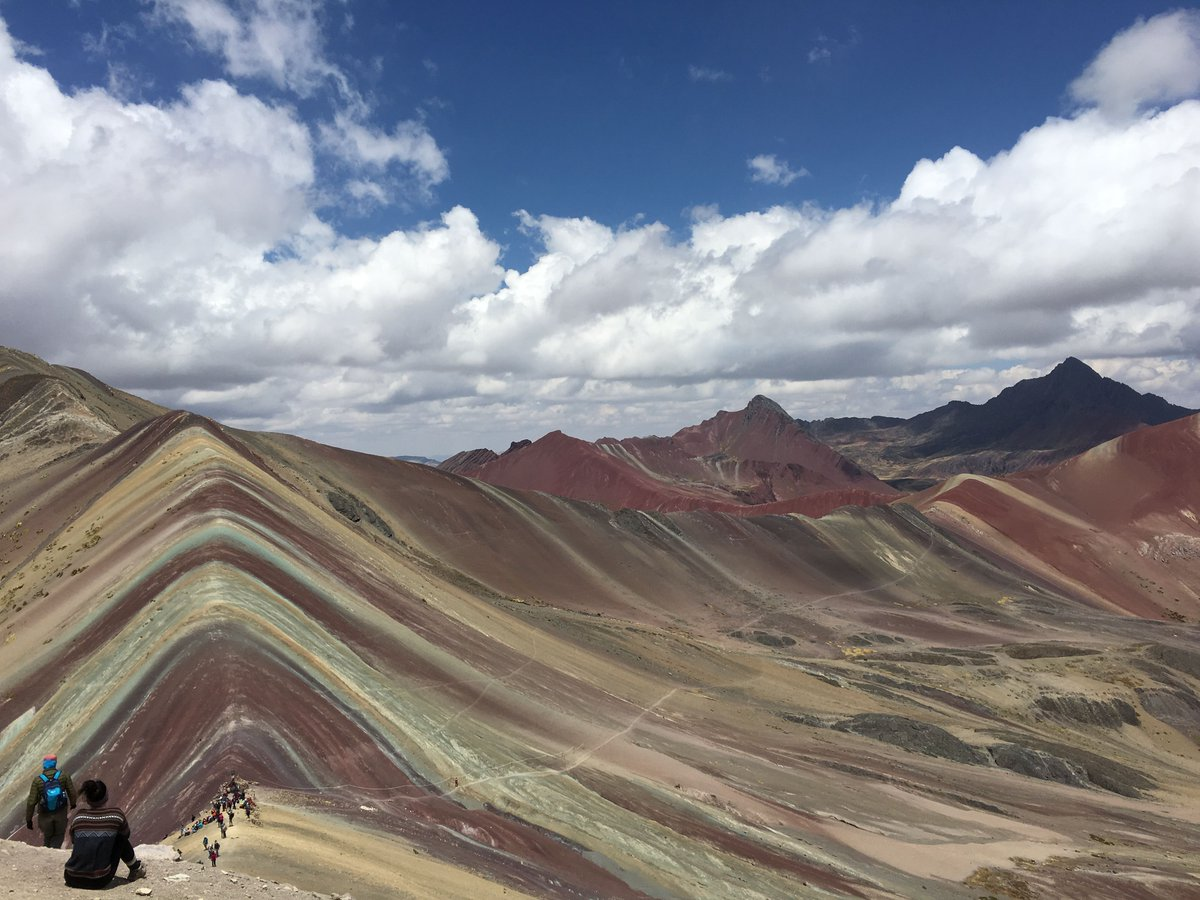 Anyone been been to these before? They're the Rainbow Mountains in Peru. https://t.co/KNjtWraZ0F https://t.co/cGTpQ9Q8cN