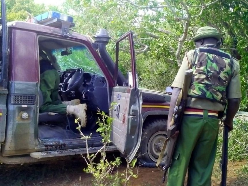 Three cops injured after al Shabaab attack buses in Lamu