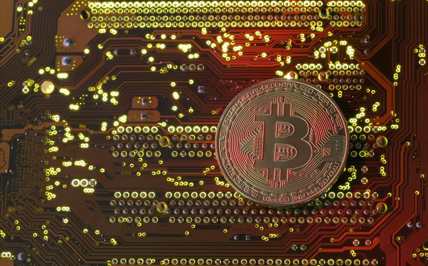 Nasdaq to launch bitcoin futures contract in 2018: source