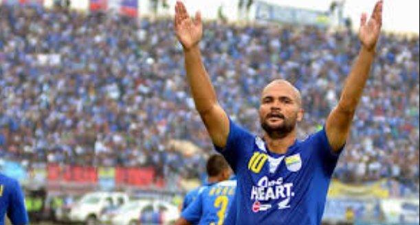 Van Dijk Kebanjiran Tawaran Dari Klub Liga 1 https://t.co/AO3Fu8KRr0 https://t.co/1TSPoTgm7L