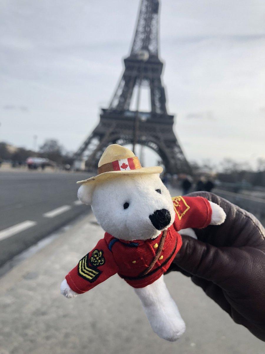 RT @adbanknetwork: The Adbank bear is on the loose again in #Paris! Next stop, London. #adbankICO https://t.co/y5fINDKlj5