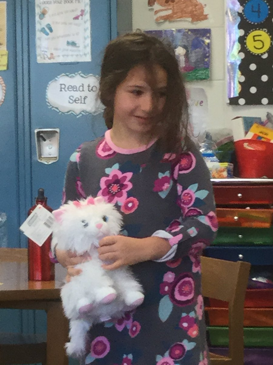 test Twitter Media - Congratulations to the NEW big sister in Room 100! @WescottSL #d30learns https://t.co/kRQreb0Q9Y