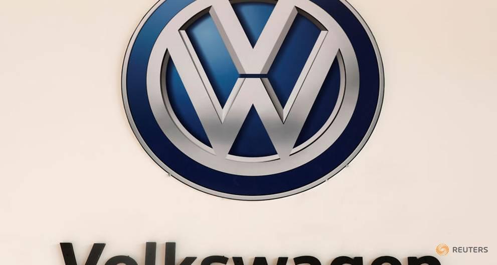 German watchdog orders recall of 57,600 VW Touareg SUVs