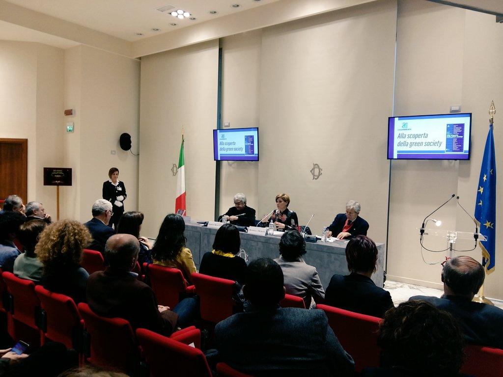 """test Twitter Media - """"L'Italia della #GreenSociety fa ben sperare sulla possibilità di cambiamento, chiediamo ai decisori di aprire gli occhi e dare spazio a queste esperienze che partono dal basso."""" @RossMuroni https://t.co/zyC2PbMwnl"""