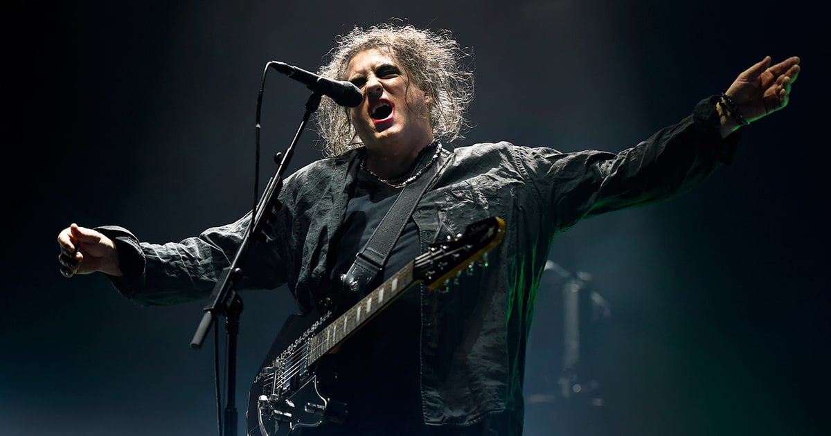 The Cure enlist Interpol and Goldfrapp for an epic 40th anniversary celebration https://t.co/FZYjkPDRQ9 https://t.co/W9ShbaxRmC