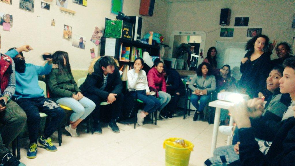 """test Twitter Media - Adolescentes en el taller de """"promoción de la salud afectiva, sexual y reproductiva"""" con @abd_ong https://t.co/4Erke7wTlU"""