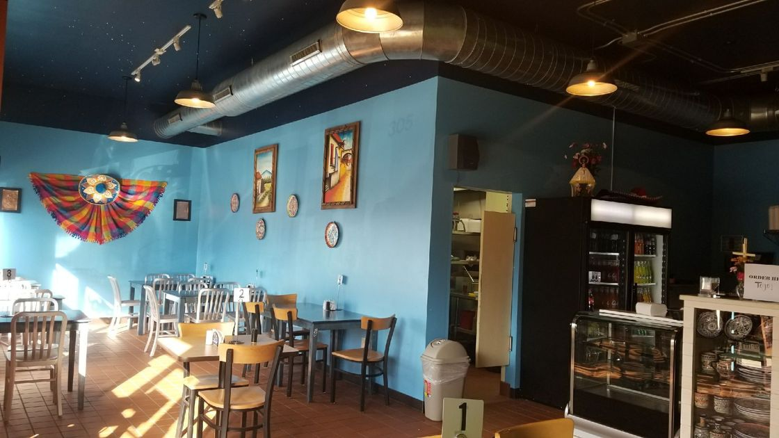 El Sabor de Puebla moves into former 4 & 20 home