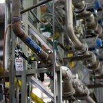 Bullseye Glass sues Gov. Brown over 2016 environmental crackdown