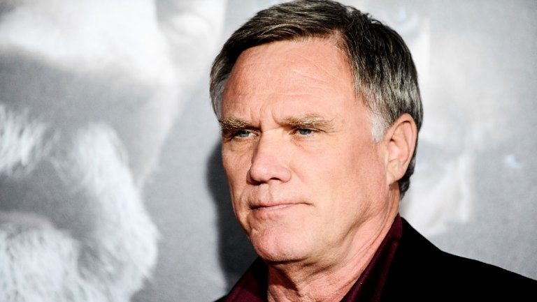 Exclusive: Joe Johnston to direct @Disney's 'Nutcracker and the Four Realms' reshoots