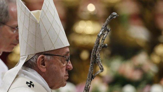 """Argentina: Presentan aplicación para """"conectarse"""" con el papa Francisco"""