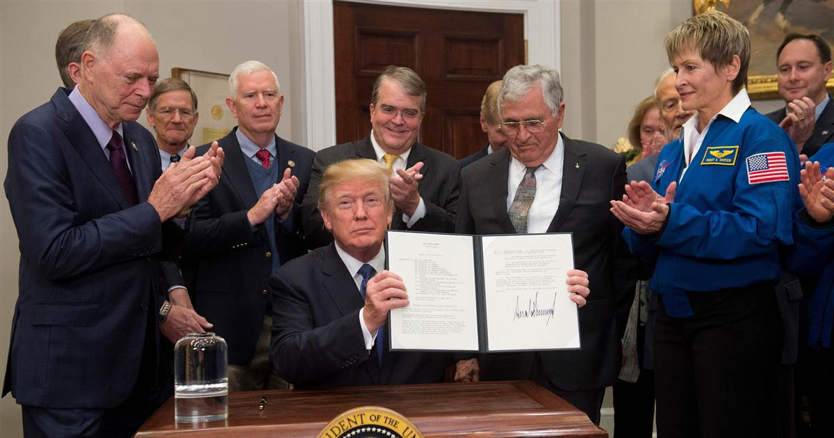 President Trump directs NASA to return to the moon before aiming at Mars via @NBCNewsMACH