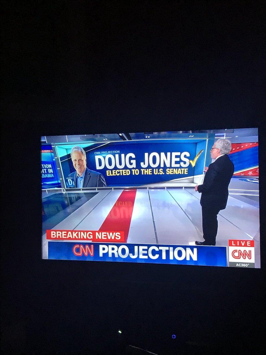 test Twitter Media - Hot damn!  A Democrat Wins in Alabama!  Huge win for America! https://t.co/TiE217vyjc