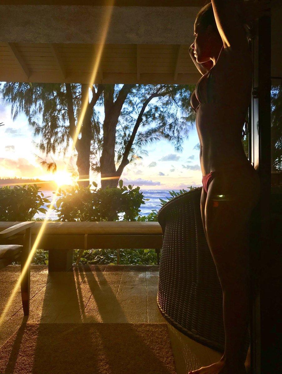 RT @LeticiaBufoni: Mahalo Hawaii 💕 https://t.co/JgM9DoQjgu