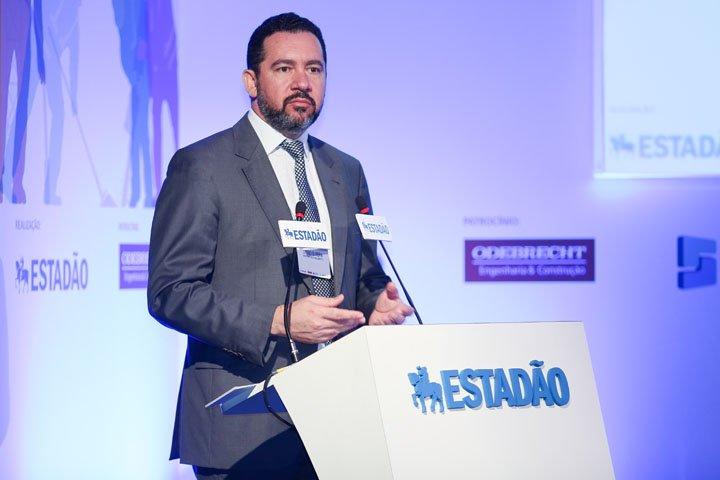 @BroadcastImagem: Investimento do governo em infraestrutura deve ser R$ 25 bi em 2017, diz Dyogo Oliveira. Patrícia Cruz/Estadão