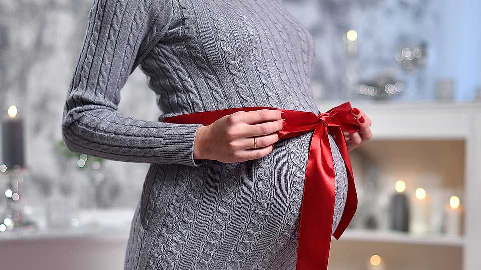 9 of the best maternity Christmas