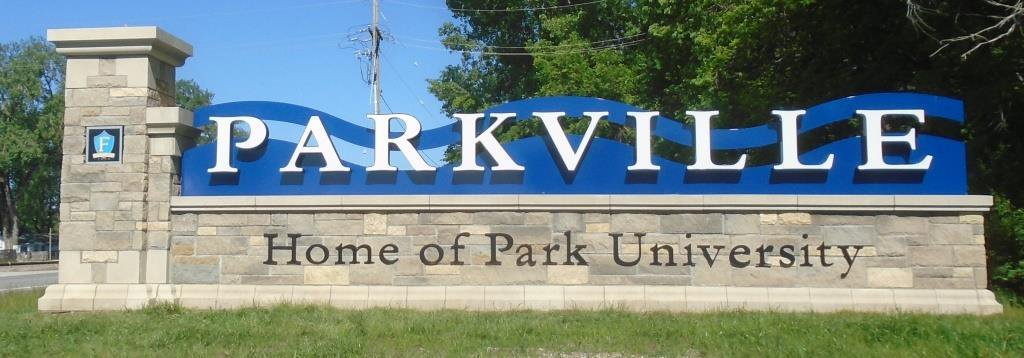 test Twitter Media - Throwback Thursday! In 2014, @parkvillemo approved the design for the new  entryway sign on Hwy 9. The sign was completed in 2016 with minor changes due to budget constraints. #tbt https://t.co/P1wp2zaj6o