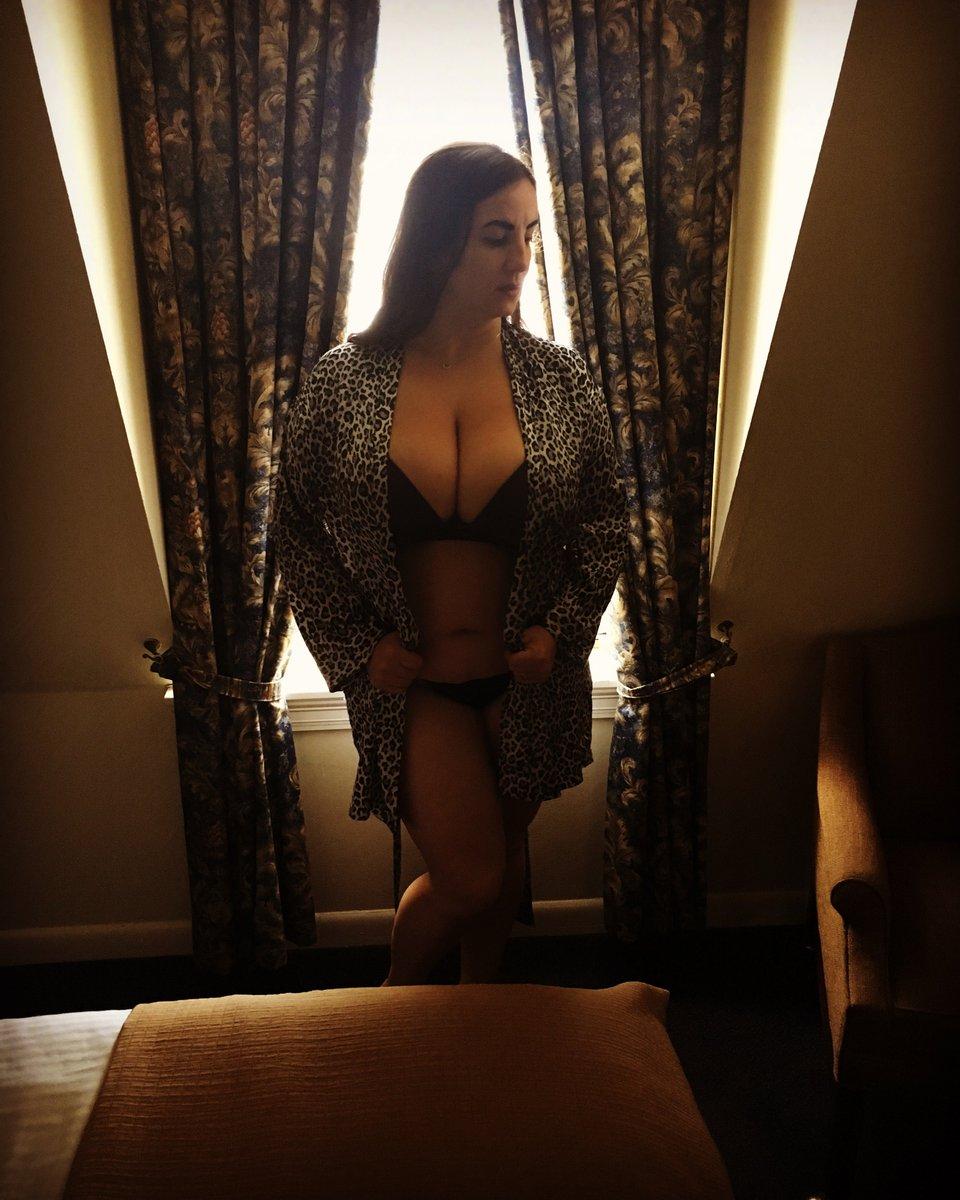 Today in New Orleans. #femdom #femdomme #lingerie #mistressxena #dominatrix Xez9CATpnw