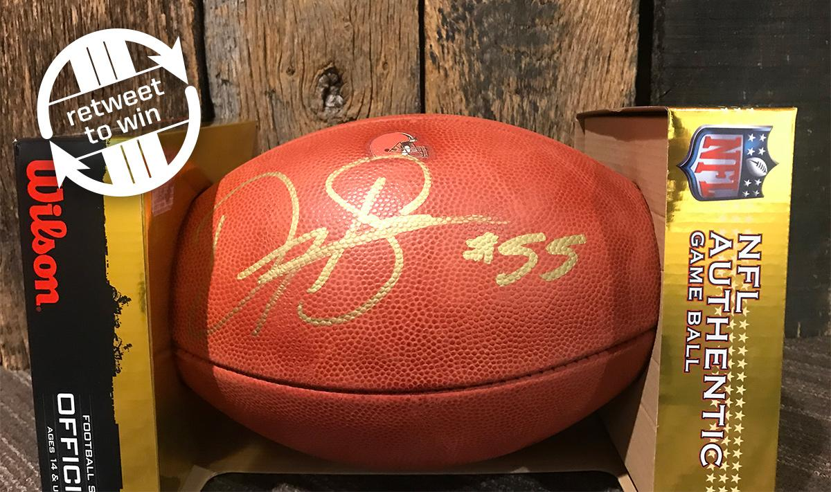 �� RETWEET and FOLLOW for a chance to win this signed Danny Shelton football! ��  Rules: https://t.co/OosRSs271K https://t.co/fxk5kW0vA1