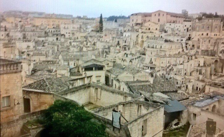 Matera: Joli méli-mélo de maisons! Une des plus anciennes cités habitées / Matera, awesome mish-mash of houses