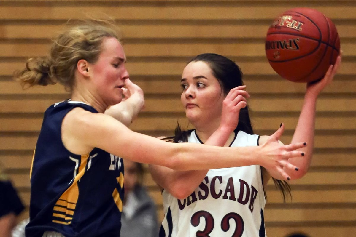 test Twitter Media - Everett girls roll past Cascade 50-23 https://t.co/OjbQLdmE6j https://t.co/8BybAvYR2c