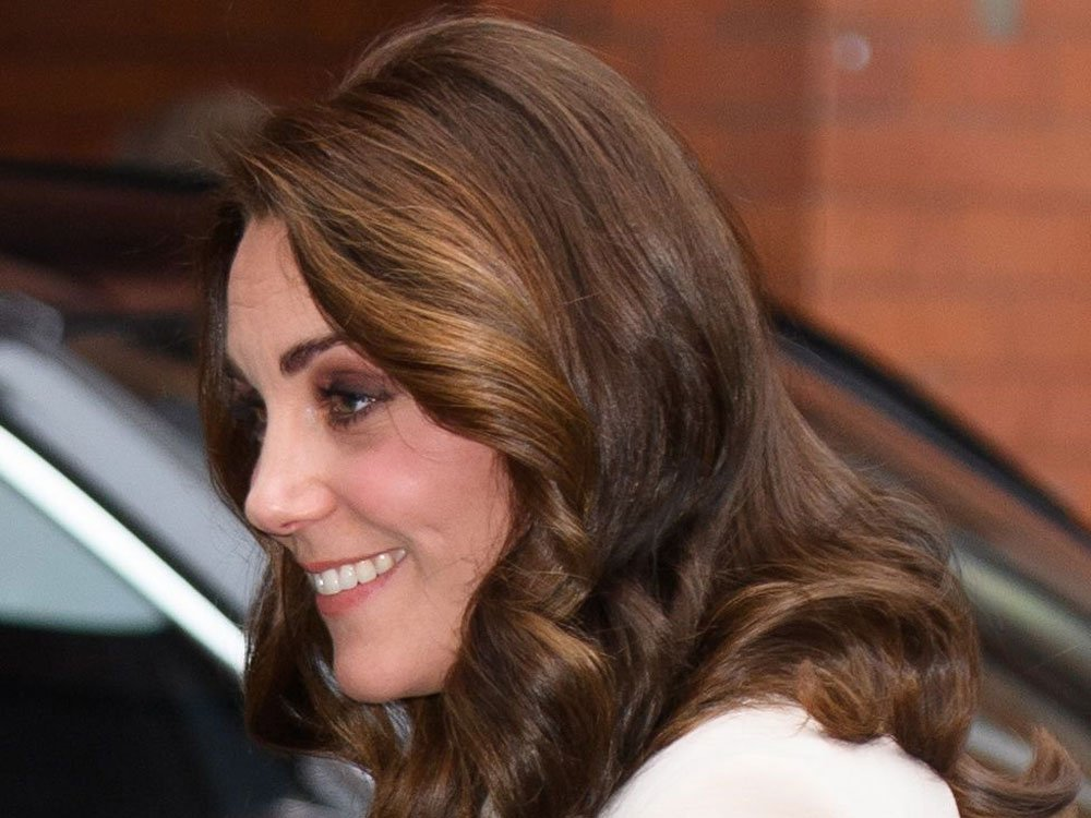 Kate Middleton's Diamond Choker Has A Very Special Meaning