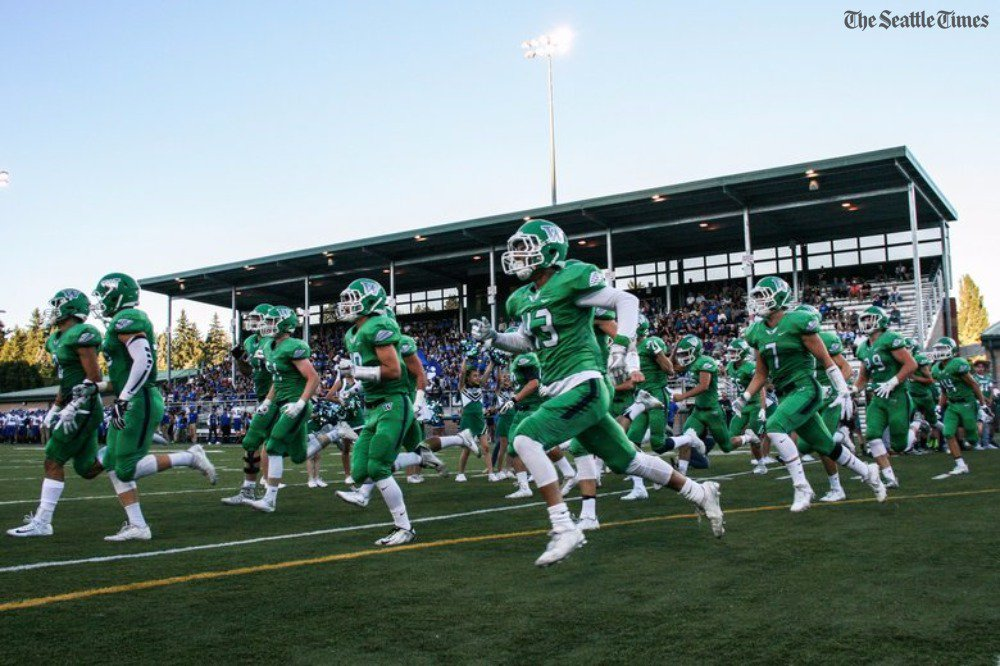 test Twitter Media - Woodinville's playing for a title in about 30 minutes. Here's a few stories:  On WSU lineman commit Cade Beresford;  https://t.co/OKmHYKaUQE  On its Dark Side defense:  https://t.co/l4uXeLpX3p  On WR/DB Nash Fouch:  https://t.co/K4N78xeH9I  On its D-line:  https://t.co/l4uXeLpX3p https://t.co/31mF7mV3XV