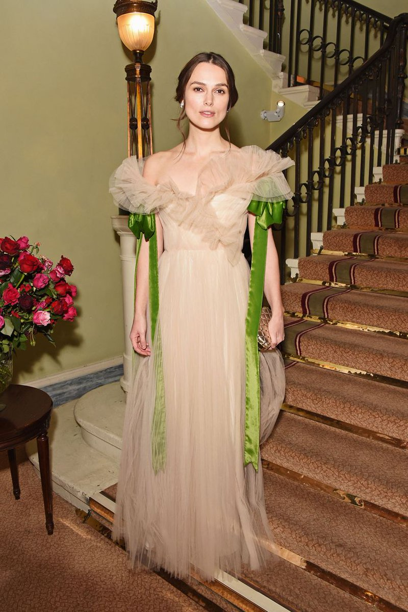 RT @BritishVogue: DON'T MISS: Keira Knightley's fairytale moment in @MaisonValentino last night: https://t.co/7MhrMOeOw4 https://t.co/ioJwY…