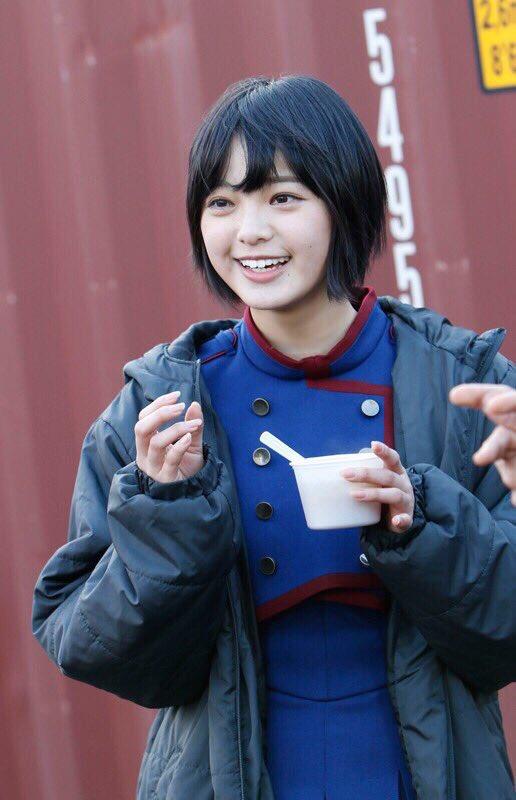 欅坂46 平手友梨奈 笑顔