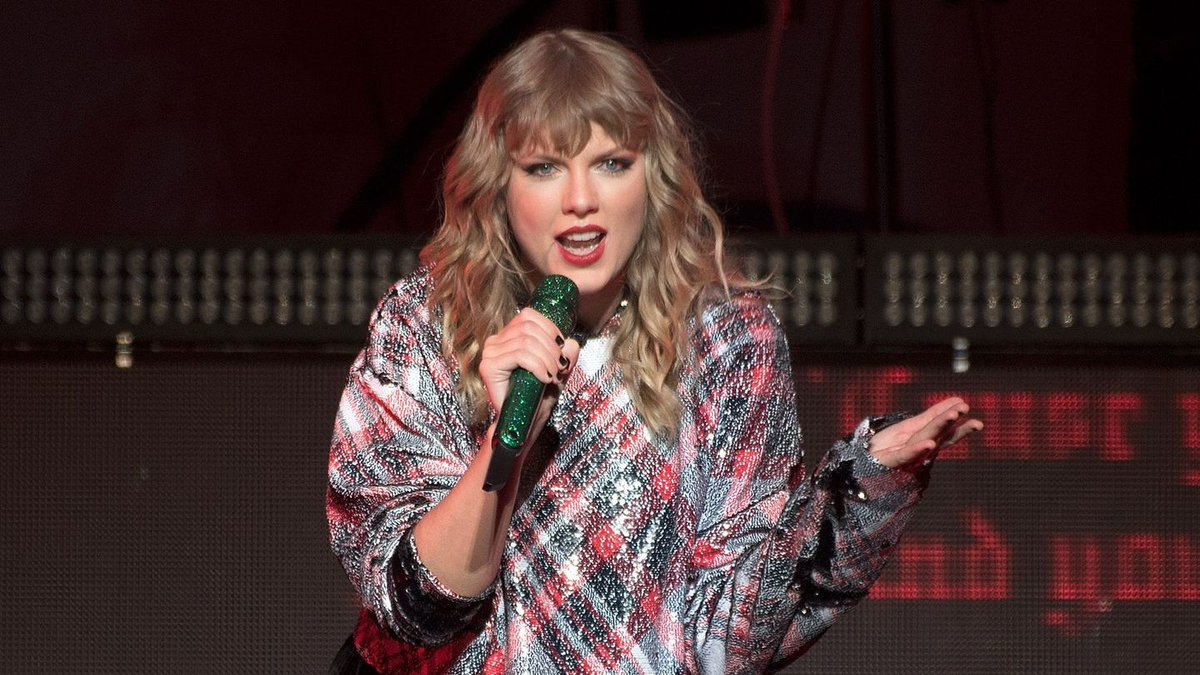 Taylor Swift's First Magazine Cover Of The Reputation Era Is Here