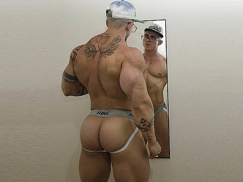 See the #musclejock strip for you - Eric Parker Now at zDbZsDyOz5! pChtWLd