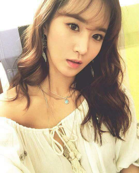 Happy birthday to SNSD\s Blackpearl  SONEs always love you,Kwon Yuri chuuu!!
