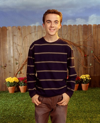 Happy Birthday to Frankie Muniz who turns 32 today!