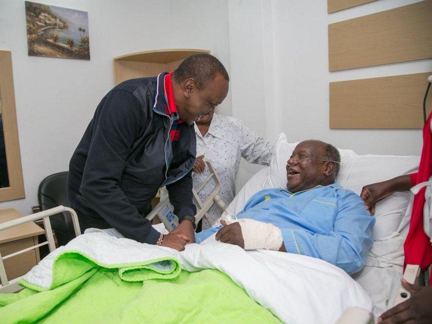 Kisumu 'word master' corrects Uhuru's spelling of convalescing
