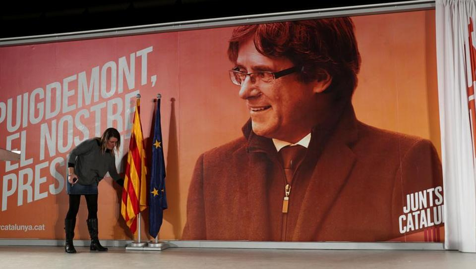 Spanish court drops European arrest warrants for Catalan separatist leaders