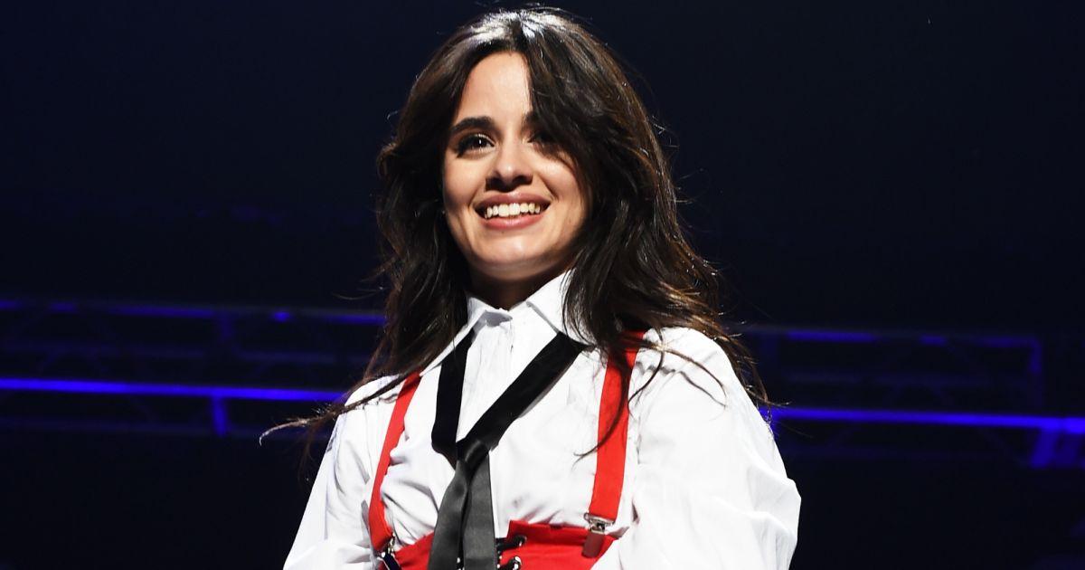 Musica. Foto do site da Pure Break que mostra Camila Cabello vai lançar música nova na sextafeira (08): Never Be The Same