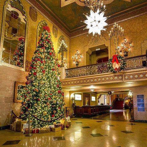 What's your go-to movie at the @ALTheatre's Holiday Film Series? https://t.co/m5csRRlFmw
