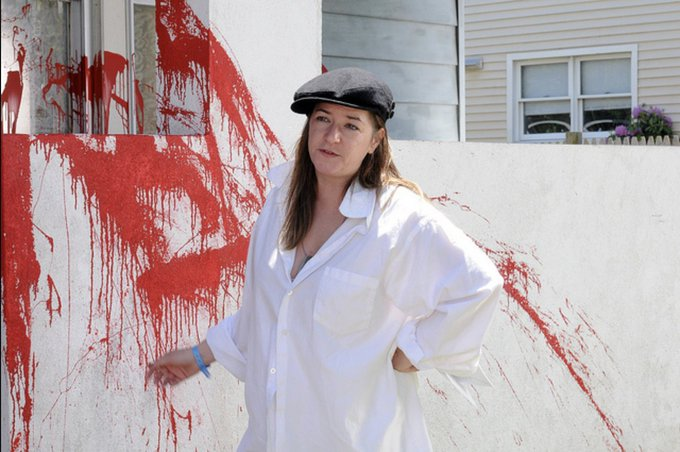 Happy birthday to the boundlessly talented director of WE NEED TO TALK ABOUT KEVIN, Lynne Ramsay!