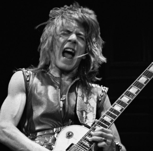 Remembering a true guitar icon. Happy Birthday Randy Rhoads.