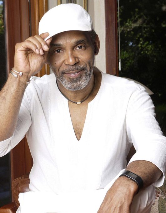 Happy Birthday (71) to the man and voice behind the one and only Frankie Beverly.