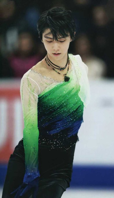 Happy birthday to yuzuru hanyu.