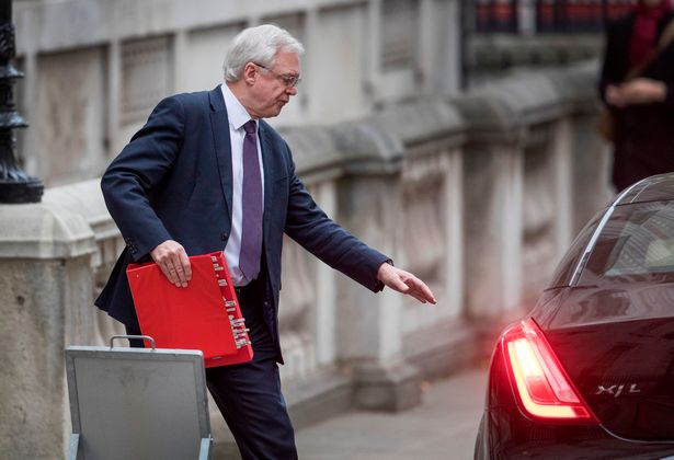 7 times David Davis boasted about the Brexit reports he now claims don't exist https://t.co/O4AktPFQ9w https://t.co/wzeW4B5pQL