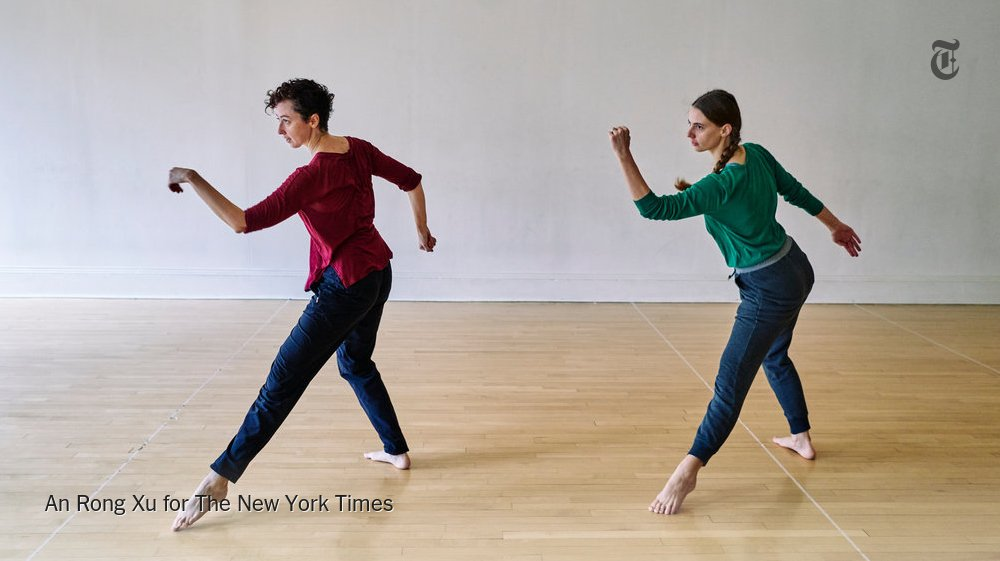 Watch this soothing stunner of a duet from Trisha Brown's 'Groove and Countermove' https://t.co/7h152jhqv6 https://t.co/JHi4Vn9fPZ