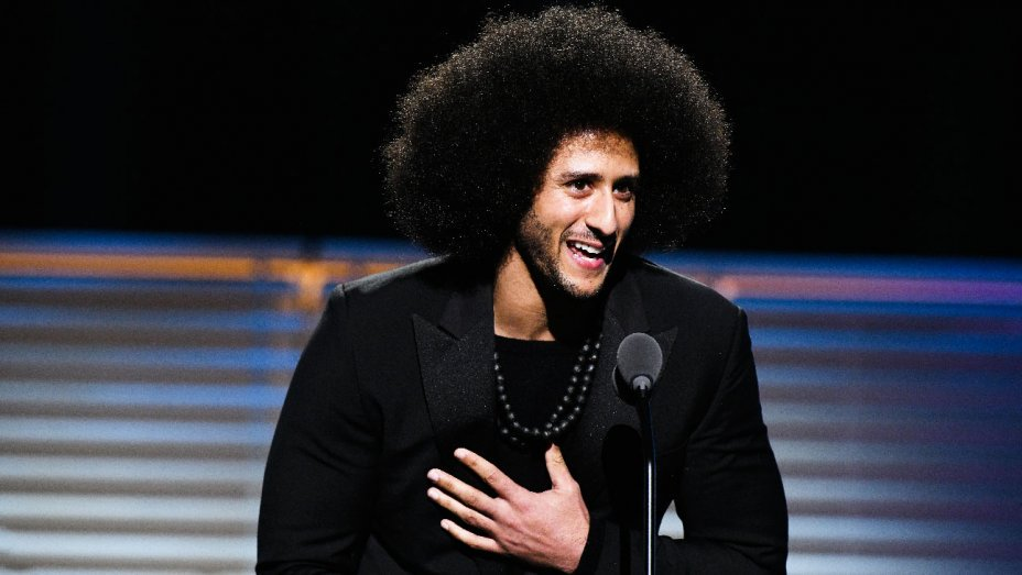 .@Beyonce makes a surprise appearance to present @Kaepernick7 with a legacy award