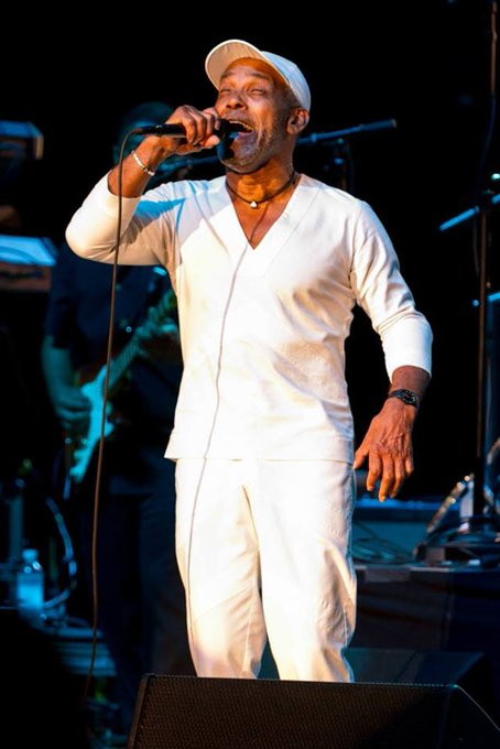 Shout-out to our friend FRANKIE BEVERLY, who is celebrating his 71st birthday today. Happy birthday Frankie!