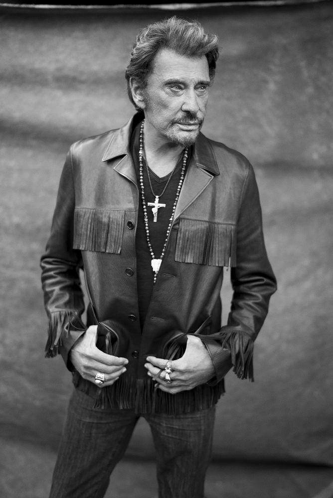 Goodbye, Johnny. You're a legend. RIP �� #johnnyhallyday https://t.co/FSvzQAXmQ0